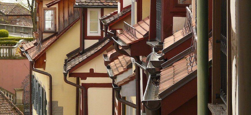Водостоки для крыши частного дома
